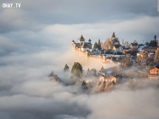 Bức tranh như truyện cổ tích này được chụp tại Thụy Sỹ.,Cảnh đẹp thế giới