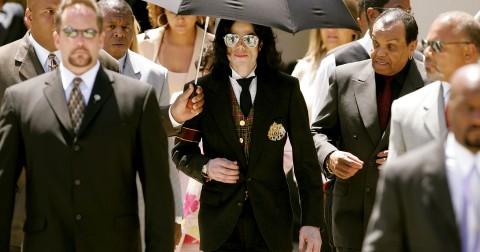 Vạch trần tội ác của báo chí và truyền thông đã làm với Michael Jackson - Phần 1