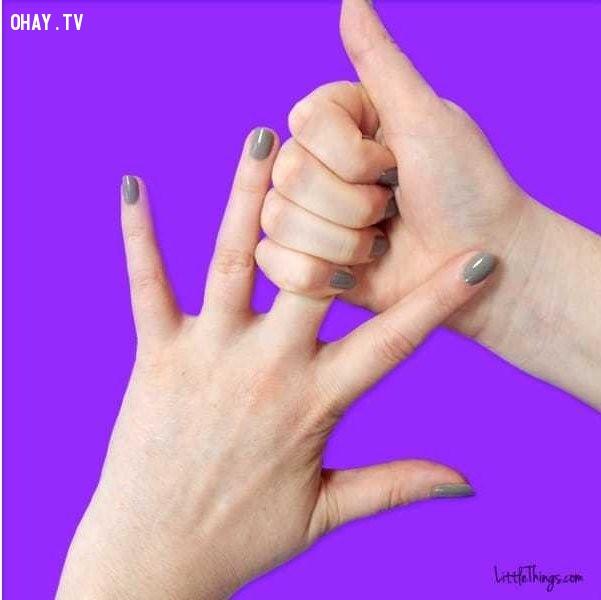 Xoa bóp ngón giữa,ngón tay,bấm huyệt,mẹo sức khỏe,xoa bóp