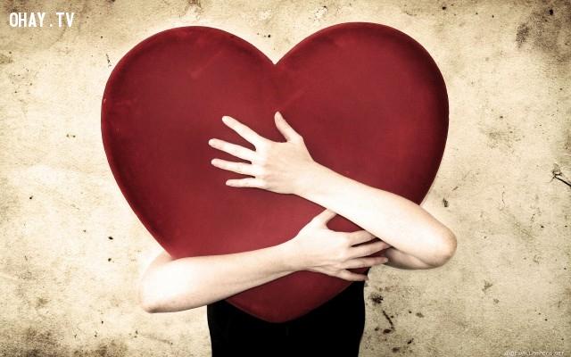 8. Bạn không thể yêu bất kỳ ai chỉ khi nào bạn biết yêu quí chính bản thân mình,tình yêu