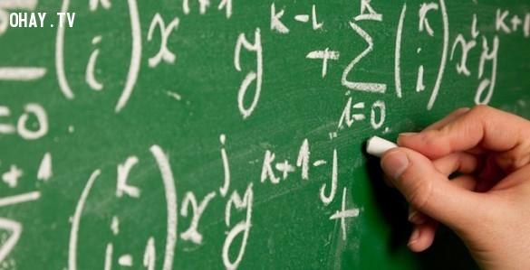 Câu 5: Chia 30 với 1/2 rồi cộng thêm 10, đáp án là bao nhiêu?,iq test,câu hỏi iq,câu hỏi hại não