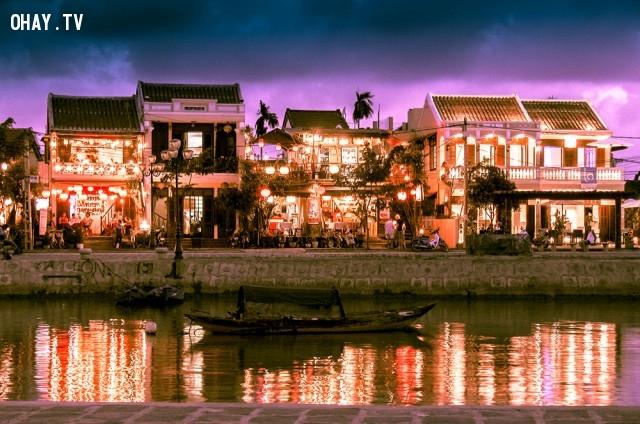 Những ngôi nhà rực rỡ trong ánh đèn lồng dọc bờ sông Thu Bồn, Hội An,ảnh đẹp,việt nam,nhiếp ảnh