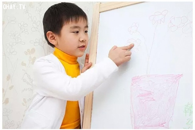 10. Biết phê bình,thành công,tương lai,giáo dục trẻ em,dạy trẻ tự lập
