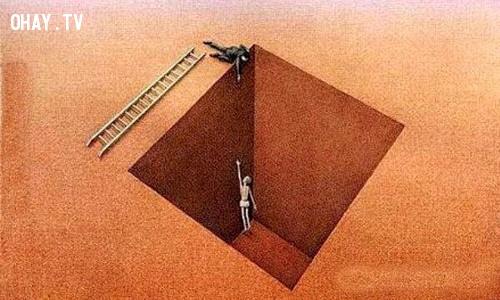 Người giơ tay về phía bạn chưa chắc họ đã thực lòng muốn cứu bạn.,suy ngẫm,ý nghĩa cuộc sống,bài học