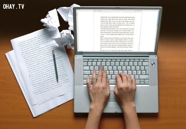 2. Đừng sử dụng các động từ yếu, hãy sử dụng động từ mạnh,viết blog,kỹ năng viết,viết tiếng Anh