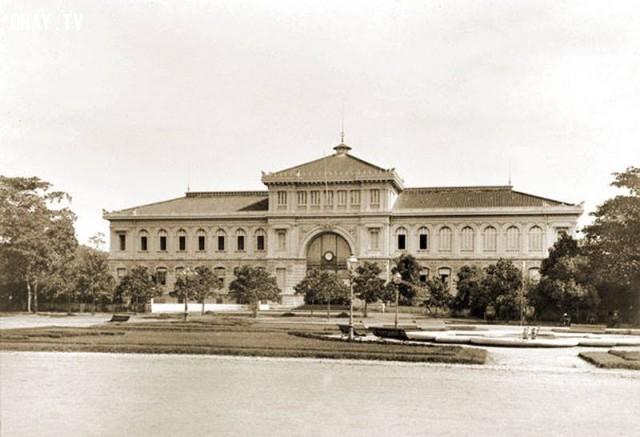 Bưu điện Sài Gòn năm 1895,Việt nam xưa,Việt Nam thế kỷ 18,Ảnh cổ Việt Nam