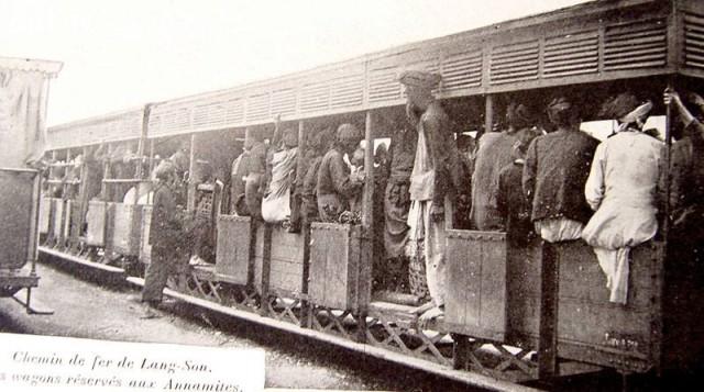 Tàu đi Lạng Sơn, toa dành cho người Việt, năm 1901,Việt nam xưa,Việt Nam thế kỷ 18,Ảnh cổ Việt Nam