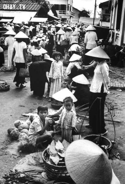 Một góc chợ ở Trúc Giang 1967,Bến Tre xưa,Xứ dừa,hình xưa,ảnh cổ,ảnh lịch sử