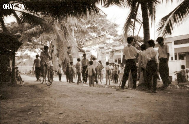 Trường tiểu học Nhơn Thạnh - khoảng 1990,Bến Tre xưa,Xứ dừa,hình xưa,ảnh cổ,ảnh lịch sử