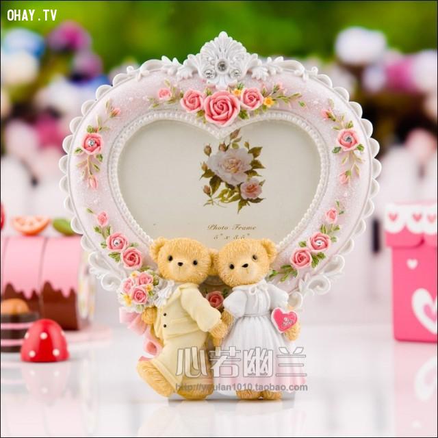 4. Khung ảnh cute - Khung ảnh độc đáo, đáng yêu cũng là một lựa chọn của các cặp đôi trong ngày Valentine.,valentine,tình yêu,người yêu,tuyệt vời,quà valentine