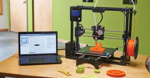 Máy in 3D - Sản phẩm độc đáo của nhóm sinh viên khoa cơ khí Đại học Bách Khoa TPHCM
