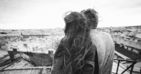 Làm thế nào để bên cạnh người bạn yêu khi họ gặp khó khăn tâm lý