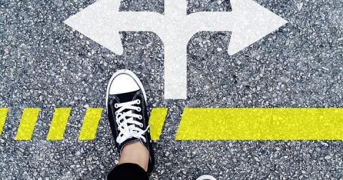 Có nên nghỉ học để theo đuổi đam mê?