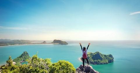 Tuyển dụng gấp: Ký hợp đồng lao động 1 năm để đi du lịch miễn phí toàn thế giới