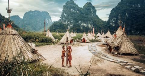 Bộ ảnh cưới theo phong cách thổ dân độc đáo tại 'đảo Đầu lâu'