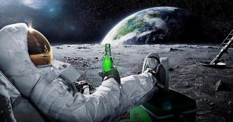 Bạn có biết phi hành gia có thể cao thêm 5cm/năm khi ở ngoài vũ trụ?