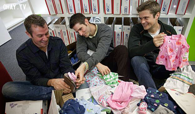 Nên mặc áo đi mượn của những người đỗ đạt trước đó để có thêm vận may từ họ.,