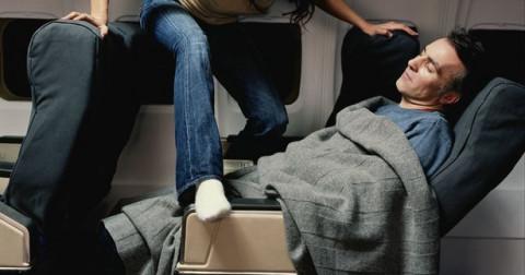 Những kinh nghiệm bỏ túi cho một chuyến bay dài lí tưởng