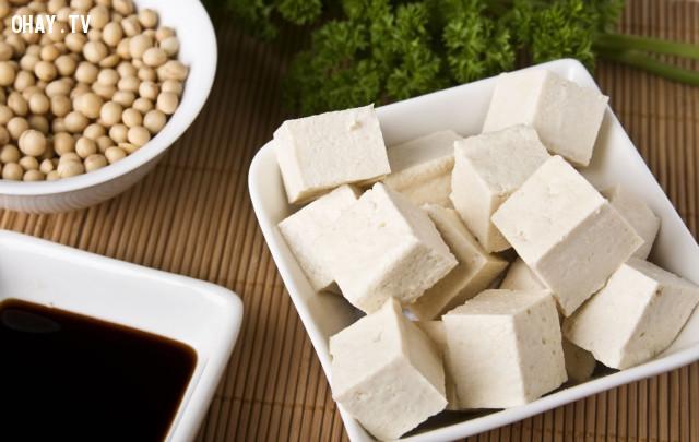 1. Đậu phụ,ăn gì để đẹp da,chăm sóc da,cách để trẻ lâu,thực phẩm tốt cho sức khỏe,ngăn ngừa lão hóa