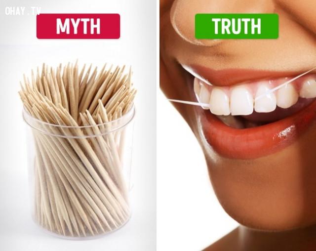 Dùng tăm sau khi ăn,vệ sinh răng miệng,đánh răng,phòng sâu răng,đau răng,mọc răng khôn