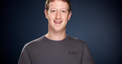 Cách để ra quyết định tốt hơn: Tại sao Marc Zuckerberg và Steve Jobs đều mặc quần áo giống nhau mỗi ngày?