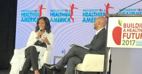 Michelle Obama nghĩ gì về Các Quy định Dinh dưỡng ở Trường học của Trump