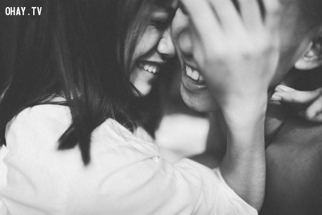 Là ai cũng vậy thôi, đã dám yêu thì phải dám chịu đau khổ,