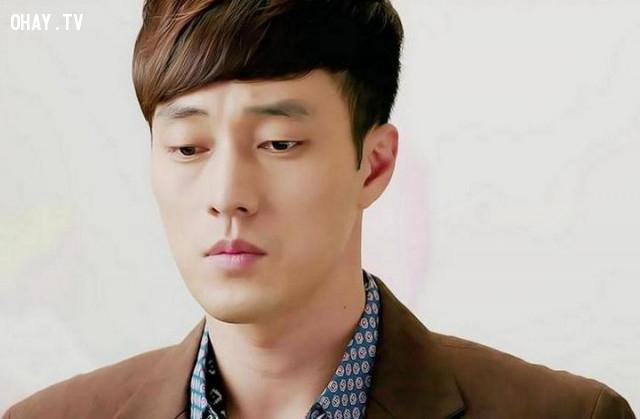 4. Jo Ji Sub,kpop,kiếm tiền