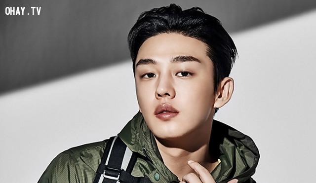7. Yoo Ah In,kpop,kiếm tiền