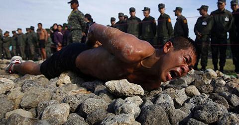 19 hình ảnh về các trung tâm đào tạo quân sự khắc nghiệt nhất thế giới