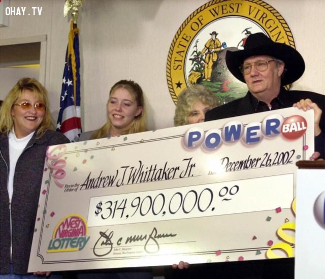 Andrew J. Whittaker Jr, người đàn ông may mắn bất hạnh nhất - 314 triệu bảng Anh,