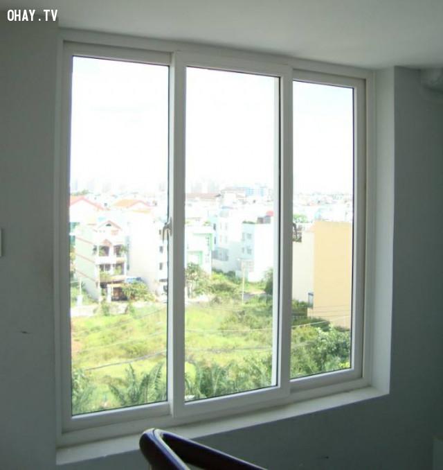 4.Lưu ý thời gian đóng mở cửa sổ ,mùa hè,dọn dẹp nhà cửa