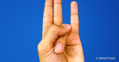 Điều kỳ diệu sẽ đến với cơ thể khi bạn nắm tay theo những cách này