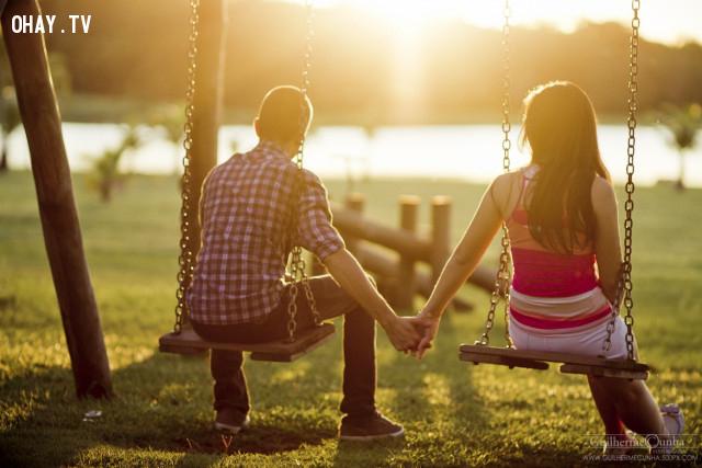 8. Bạn không thấy dấu hiệu khả quan nào cho tương lai,chia tay,tình yêu tan vỡ