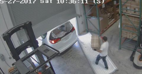 Las Vegas: Ăn trộm hơn 30.000 bao cao su và hàng loạt đồ chơi tình dục