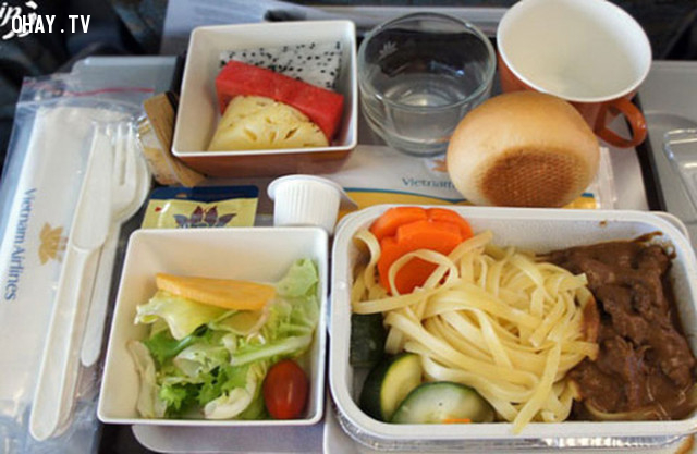 Thức ăn trên máy bay thực ra vô cùng, vô cùng không tốt với bạn,ngành hàng không,tiếp viên hàng không,đi máy bay