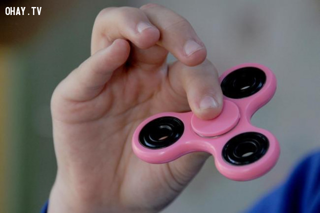 Con quay Fidget Spinner là gì?,fidget spinner,trào lưu giới trẻ,con quay