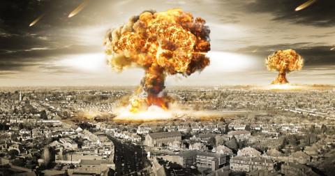 10 điều khủng khiếp sẽ xảy ra nếu Trái Đất bỗng dừng lại