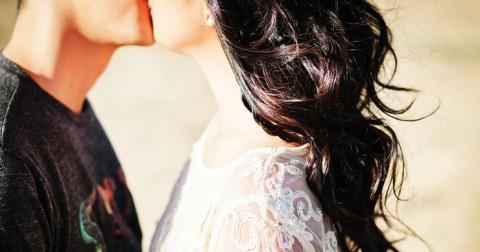 Hai bạn đã sẵn sàng kết hôn nếu đã từng trải qua 3 trong 9 điều sau