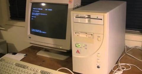10 rắc rối khi sử dụng internet những năm 2000 của thế hệ 7X và 8X
