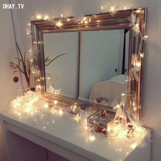 5. Chăng đèn theo cạnh của đồ vật,trang trí phòng ngủ,đèn led