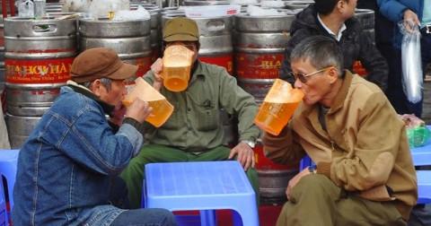 Lại chuyện bia, thịt chó và ấn đền trần