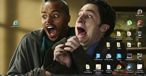 Chết cười với 20 ảnh nền máy tính troll IE.
