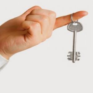 C. Chỉ có một chìa khóa
