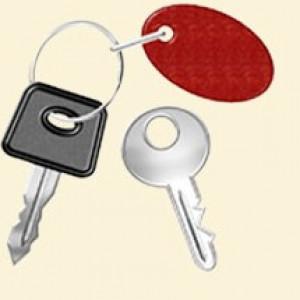 B. Hai ba chùm chìa khóa