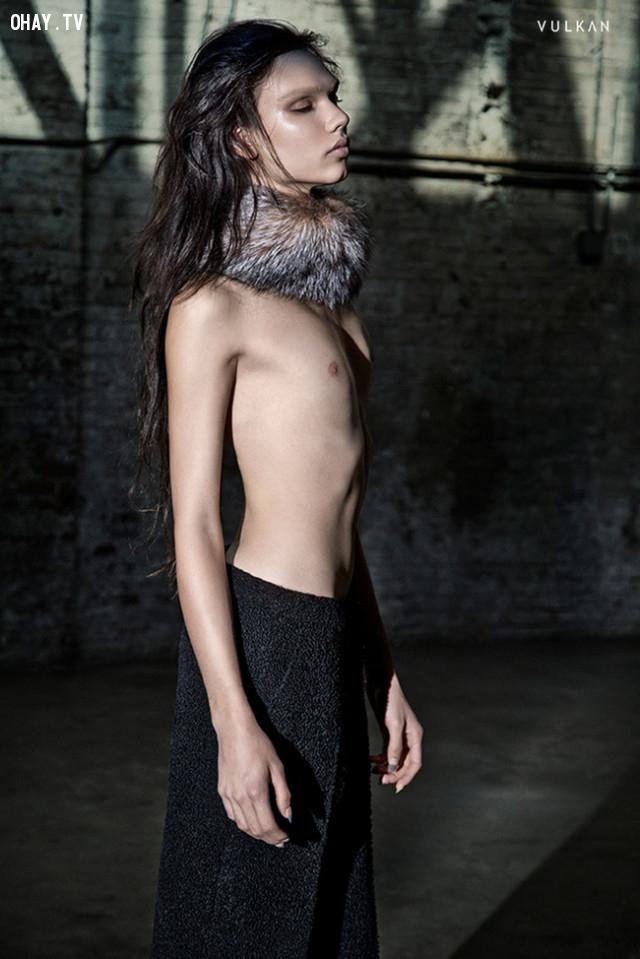 ,người mẫu,vẻ đẹp phi giới tính,thời trang