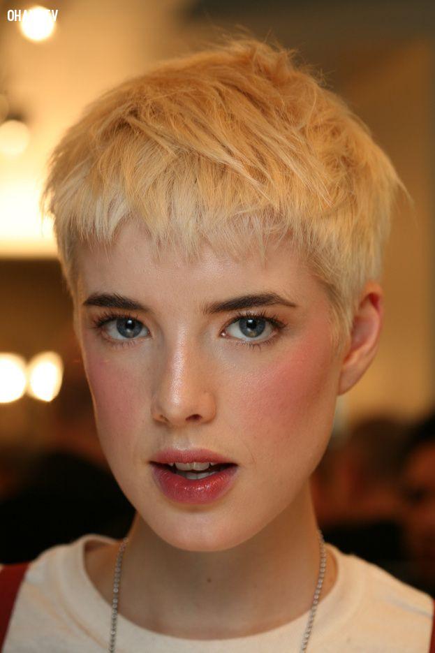 Agyness Deyn,người mẫu,vẻ đẹp phi giới tính,thời trang