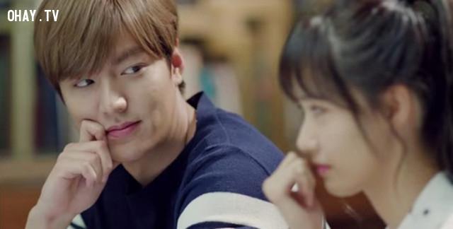 #1. Ánh mắt:,tình yêu,dấu hiệu chàng thích bạn