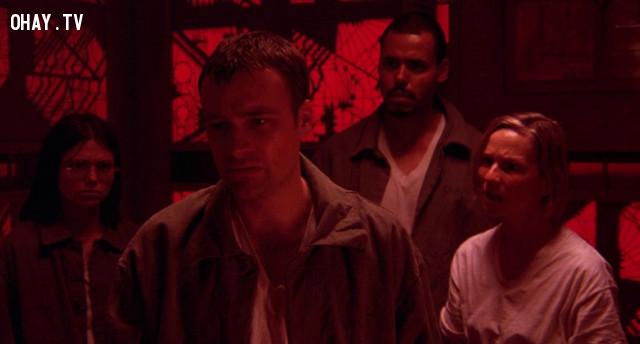 1. Cube (1997) ,phim kinh dị,phim hay