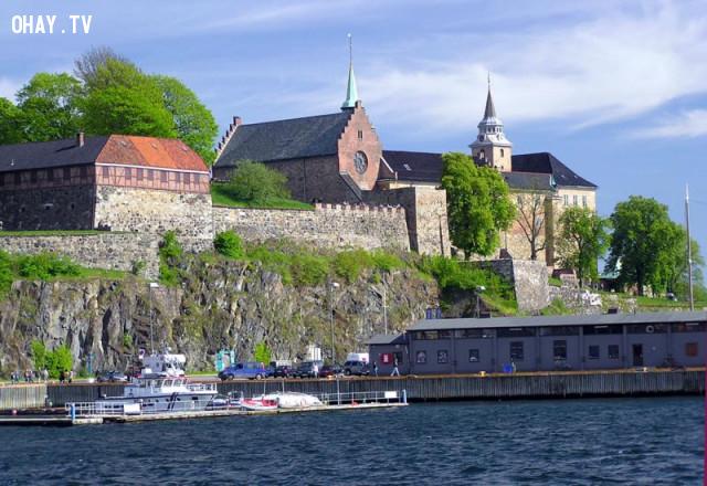 Ngôi nhà ma ám thứ 4 là Lâu Đài Akershus,kinh dị,ma quỷ,nhà bị ma ám
